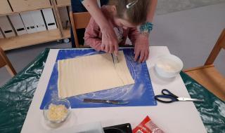 Pečeme sýrové tyčinky