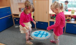 Zábavnou formou se učíme spolupracovat nejen při hře.